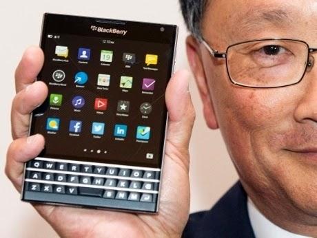 BlackBerry Passport - Ponsel Khusus Penulis Sampai Arsitek